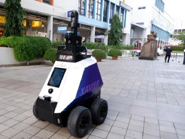 Xavier, come funziona il robot poliziotto di Singapore - ictBusiness.it